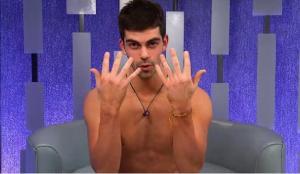alec manicure