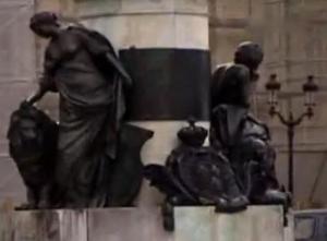 reims statue 3