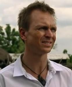 accra phil keoghan 8