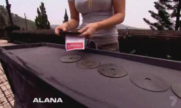 hue-alana-mel-10