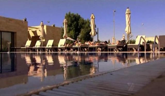 colombo pool 1