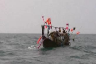 phuket pirate ship